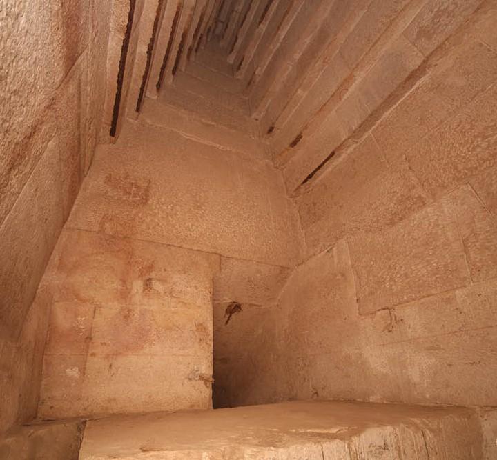 видите, что находится в пирамидах египта фото сказать, оказалась